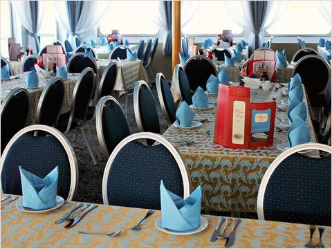 Ресторан «Волга» теплохода «Александр Радищев» (фото 25 из 47)
