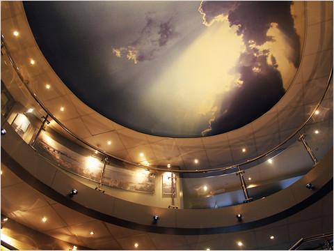 Главный холл теплохода «Мстислав Ростропович» (фото 36 из 35)